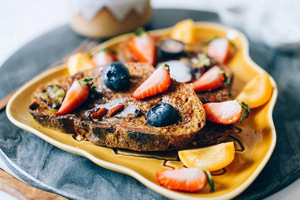 THE BEST VEGAN FRENCH TOAST RECIPE (Vegan, GF Option)