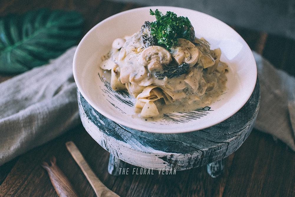 Vegan cream of mushroom soup with sourdough