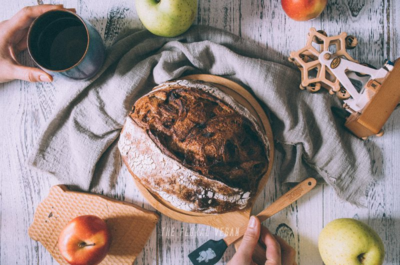 Masala Chai Apple Sourdough (tastes like an apple pie)