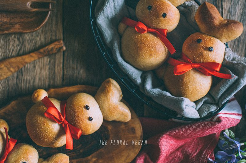 Easter Bunny Rolls with Red Bean Paste (Zopfhasen)