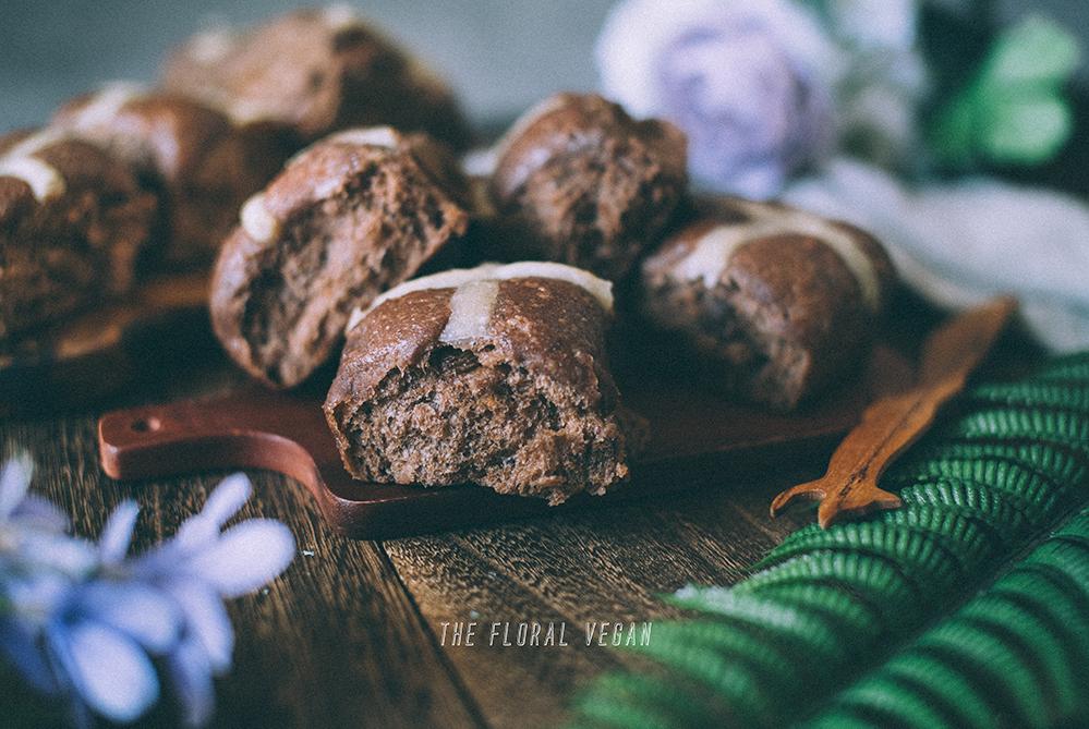 sourdough chocolate hot cross buns texture