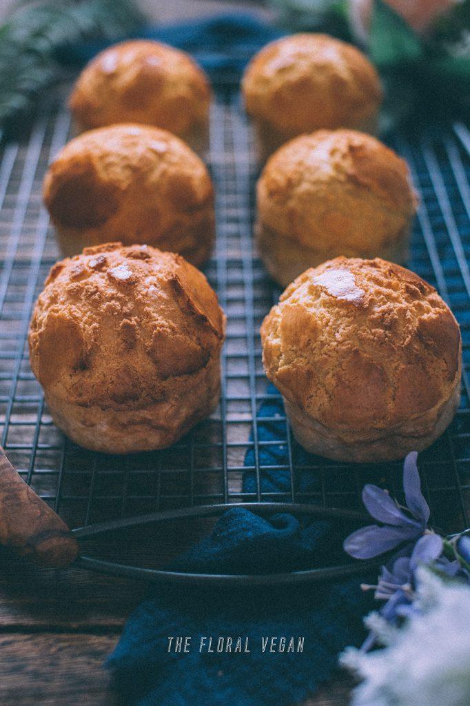 sourdough pineapple buns